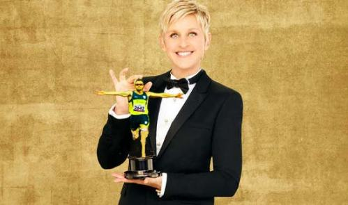 Ellen DeGeneres with an Oscar
